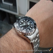 SEIKO  SNZF17J1 ACERO INOX.  100 MTS MADE IN JAPAN